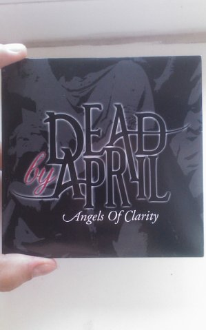 photos-dead-by-april-album-booklets