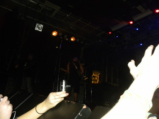foto-live-show-Dead-by-April-Moscow-2010-Marcus-Wesslen-Carry-Me-scream