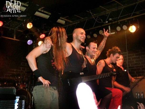 photos-on-stage-dead-by-april-Moscow-Jimmie-Strimell-Calling-metal