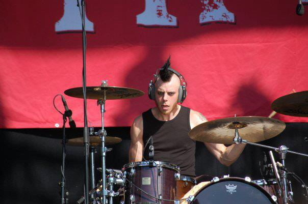photo-dead-by-april-drums-Alexander-Svenningson-on-stage