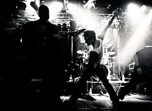 fotki-early-years-Dead-By-April-Pontus-Hjelm-Alternative-metal-concerts-2008