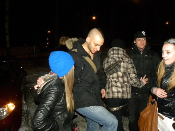 photo-group-Dead-by-April-behind-scene-with-metal-fans-2011