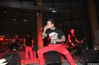 foto-koncert-dead-by-april-avrora-2010-Zandro-Santiago-Trapped-metal