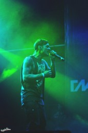 photos-on-stage-Dead-by-April-glavclub-Zandro-Santiago-Lost
