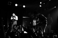 fotosession-live-Dead-by-April-ho-2010-Pontus-Hjelm-In-My-Arms-metal-core