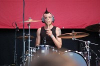 foto-dead-by-april-drummer-Alexander-Svenningson-out-scene