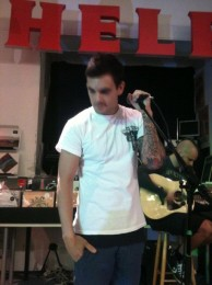 photos-Zandro-Santiago-band-Dead-by-April-second-vocal-behind-scene-2011