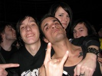 photograph-gruppa-dead-by-april-out-scene-with-fans-2011