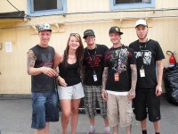 photoset-band-dead-by-april-home-foto-with-metal-fans-2010
